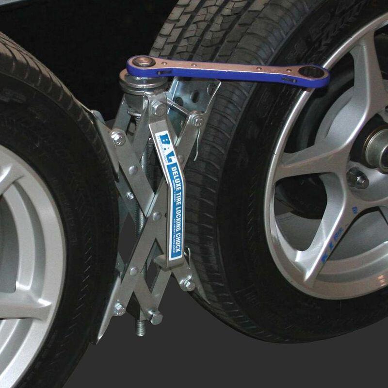 X-Chock Tire Locking Chocks, 2-Pack image number 2