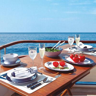 Northwind 16 Piece Tableware Set & Basket, Service for 4