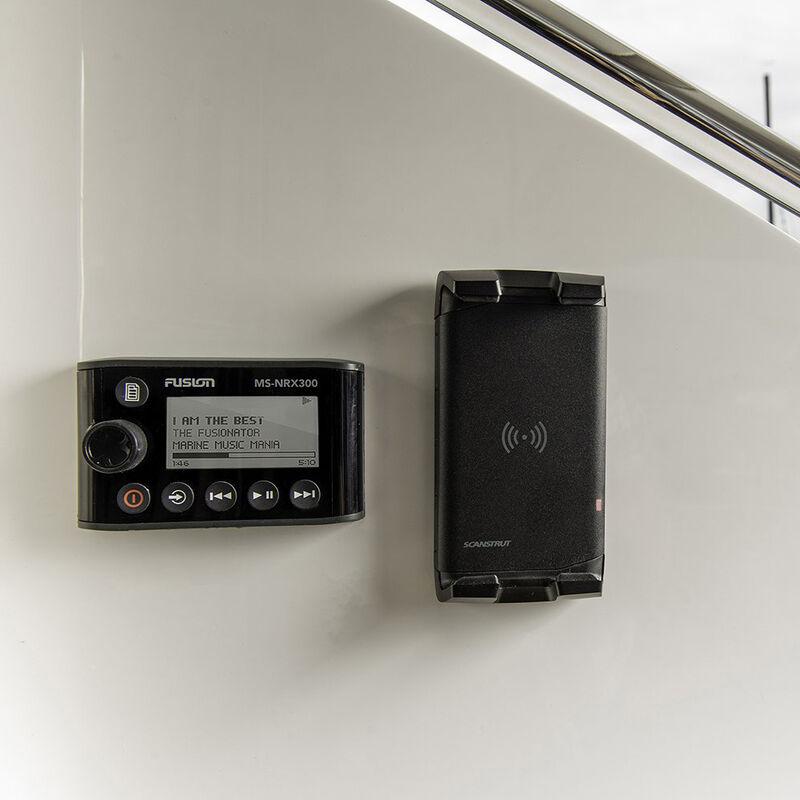 Scanstrut ROKK Wireless Active 12V/24V Waterproof Phone Charging Mount image number 4