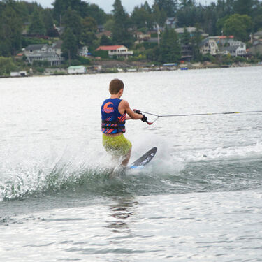 Connelly Prodigy Slalom Waterski With Shadow Binding And Rear Toe Plate