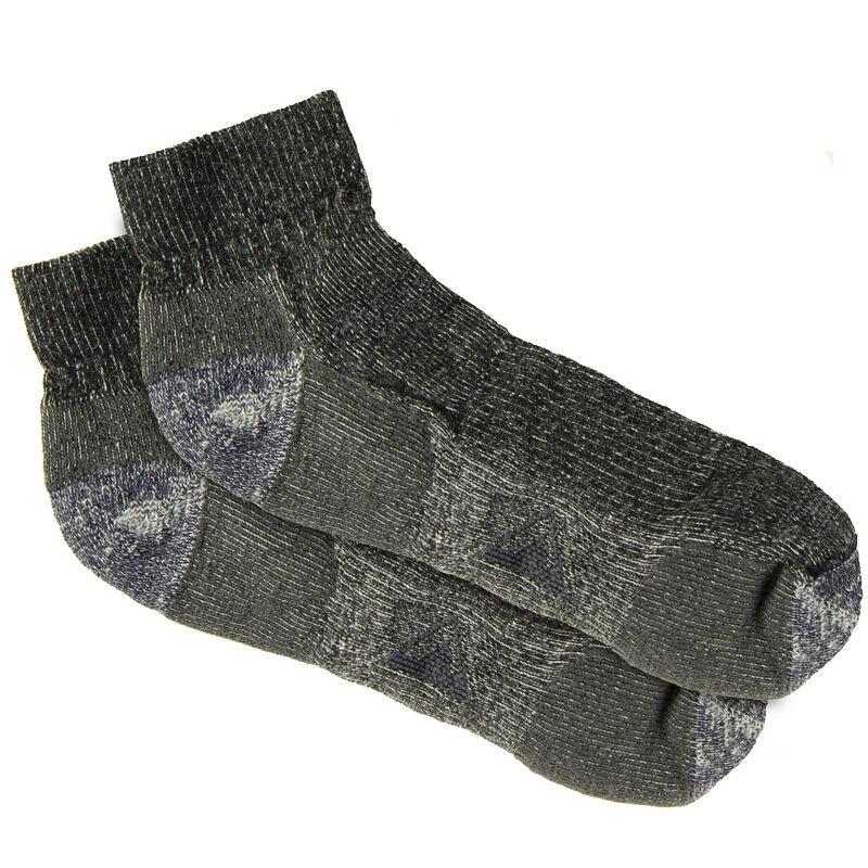 Ultimate Terrain Men's Explorer Lightweight Hiking Quarter Sock image number 1