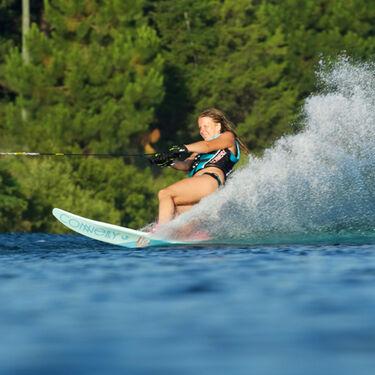Connelly Women's Aspect Slalom Waterski With Nova Binding And Rear Toe Plate