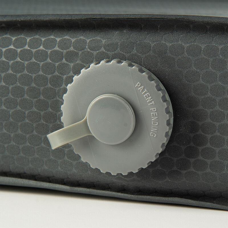 Rock Creek Pro Self-Inflating Sleeping Mat image number 3