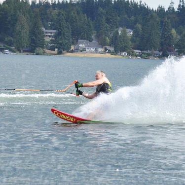 Connelly Concept Slalom Waterski With Double Stoker Bindings