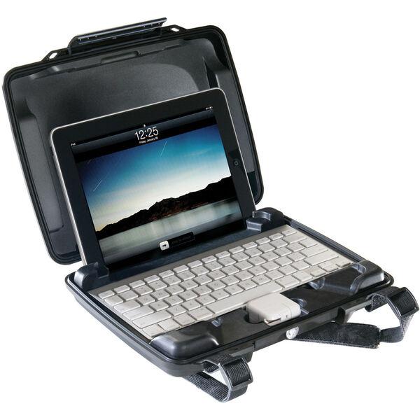 Pelican ProGear i1075 Elite Hardback Case For iPad And Wireless Keyboard