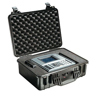 Pelican 1520 Case With Padded Dividers, Black