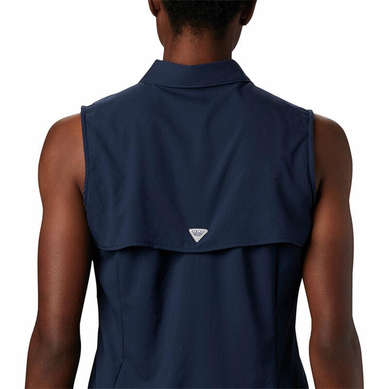 Columbia Women's PFG Tamiami Sleeveless Shirt image number 4