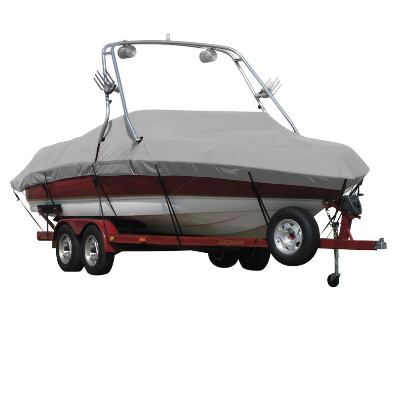 Exact Fit Covermate Sunbrella Boat Cover For MALIBU WAKESETTER 21 VLX w/TITAN TOWER CUTOUTS Doesn t COVER PLATFORM image number 1