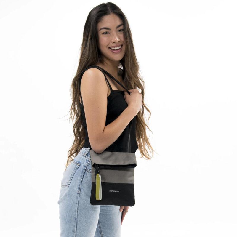 Sherpani Pica Mini Crossbody Bag image number 6