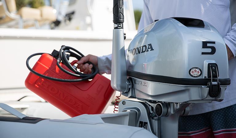 Improve engine's performance & efficiency - Shop boat maintenance essentials