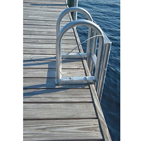 International Dock Standard Step Dock Lift Ladders